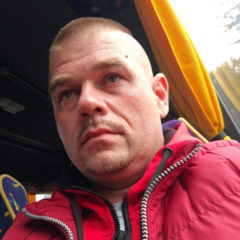 Péter, 37 éves társkereső férfi - Gutorfölde