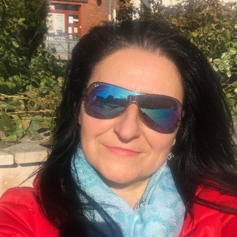 Lella, 53 éves társkereső nő - Miskolc