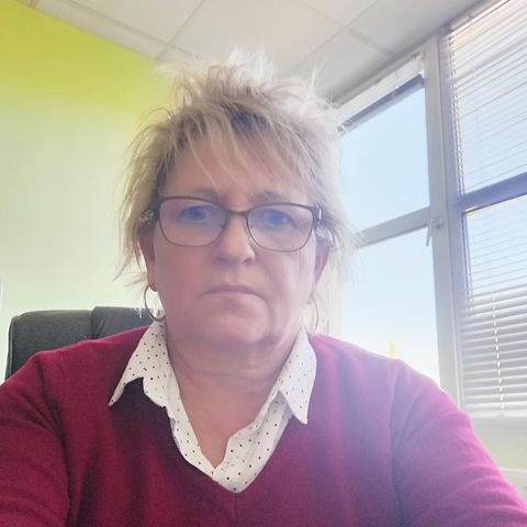 Magdi, 55 éves társkereső nő - Eger