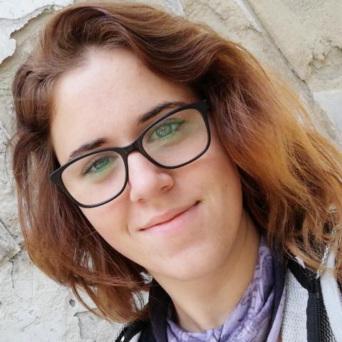 Dora, 21 éves társkereső nő - Sirok