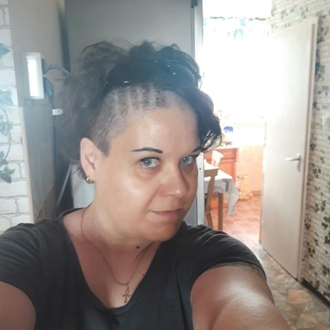 Anikó, 40 éves társkereső nő - Miskolc