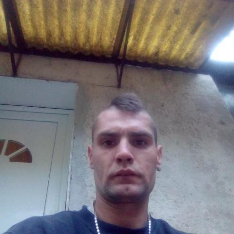 Norbi, 29 éves társkereső férfi - Nógrád