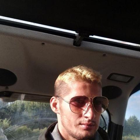 Dávid, 26 éves társkereső férfi - Bélmegyer