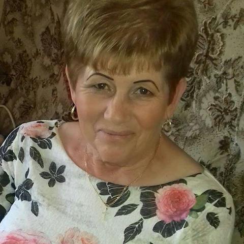 Éva, 60 éves társkereső nő - Gesztely