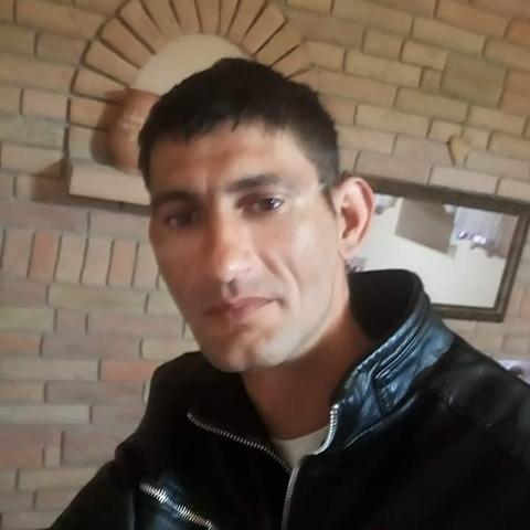 Attila, 38 éves társkereső férfi - Kölesd