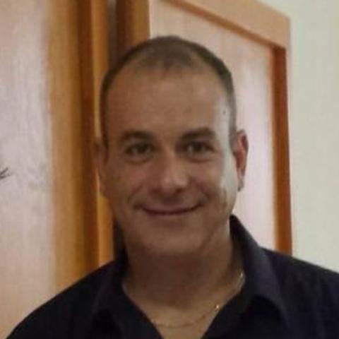 viktor, 46 éves társkereső férfi - Karancslapujtő