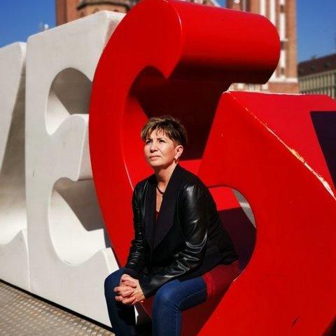 Andrea, 58 éves társkereső nő - Szeged