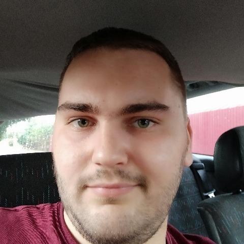 Laci, 24 éves társkereső férfi - Szeged