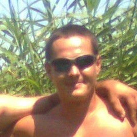Nándor, 36 éves társkereső férfi - Essen