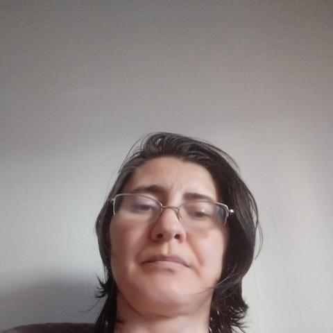 Szilvia, 38 éves társkereső nő - Budapest
