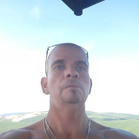 Csaba, 47 éves társkereső férfi - Ózd