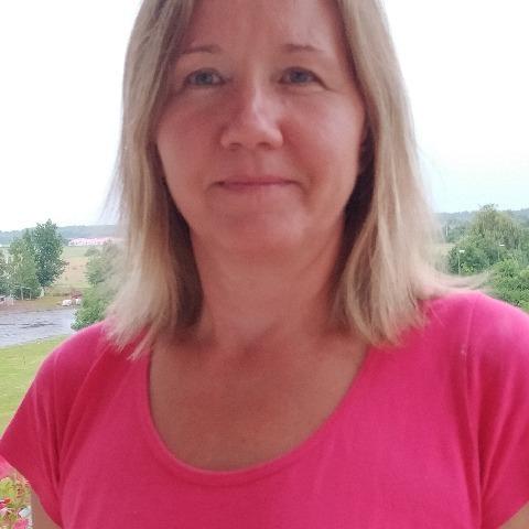 Zsanett, 44 éves társkereső nő - Szolnok