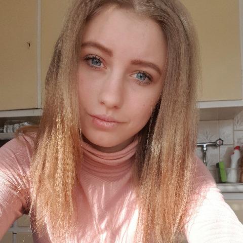 Edina, 22 éves társkereső nő - Bremerhaven, Sandfahrel