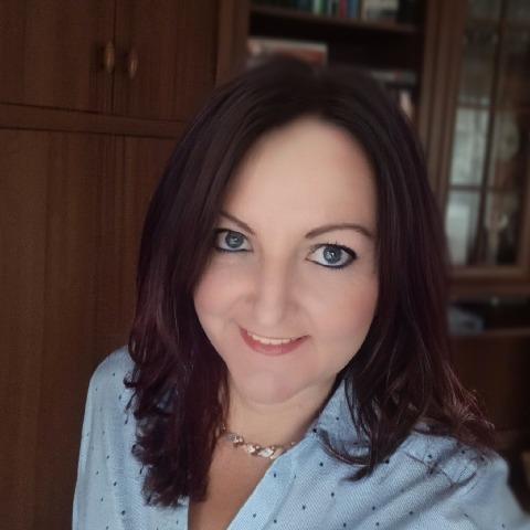 Móni, 44 éves társkereső nő - Budapest
