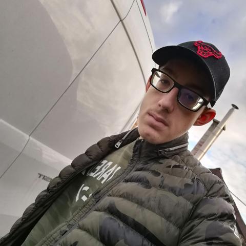 Dani, 20 éves társkereső férfi - Tiszacsege