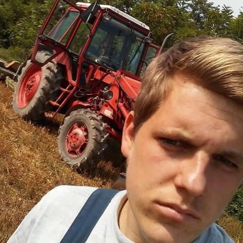 Viktor, 23 éves társkereső férfi - Mihályfa