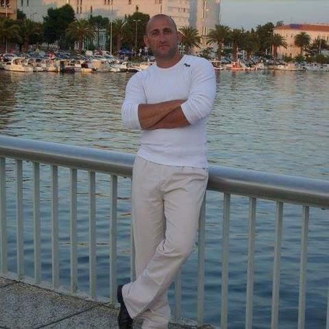 Péter , 46 éves társkereső férfi - Diósd