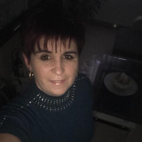 Kata, 45 éves társkereső nő - Bágyogszovát