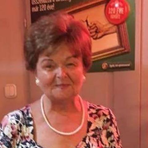 Mária, 74 éves társkereső nő - Győr