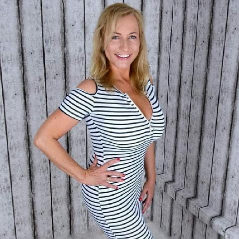 Mónika, 50 éves társkereső nő - Székesfehérvár