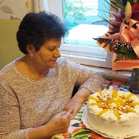 Ilona, 67 éves társkereső nő - Miskolc