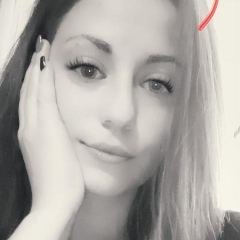 Klaudia, 22 éves társkereső nő - Debrecen