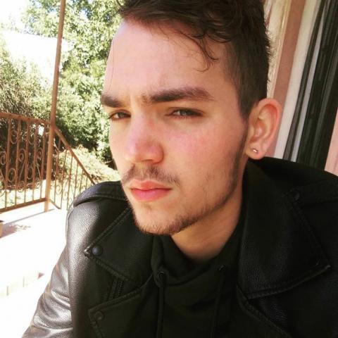 Ákos, 23 éves társkereső férfi - Mezőkövesd