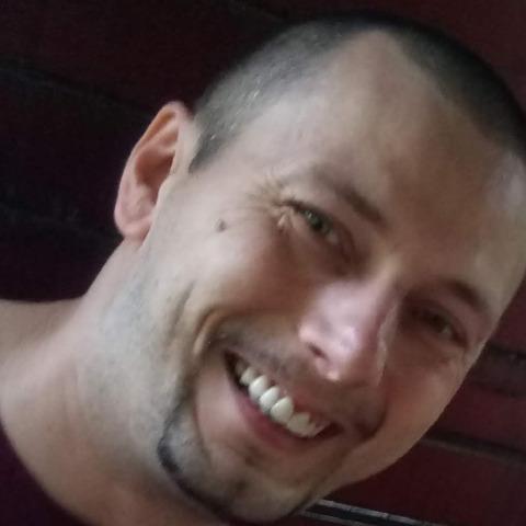 Tamás, 39 éves társkereső férfi - Szombathely