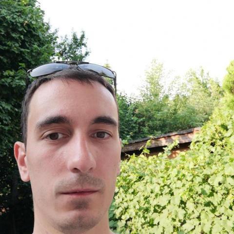 Ákos, 30 éves társkereső férfi - Tokod