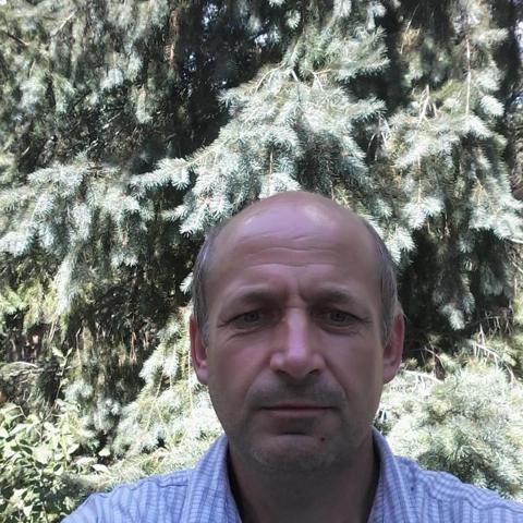 Attila, 44 éves társkereső férfi - Komlóska