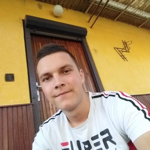 Krisztián, 19 éves társkereső férfi - Kocsér