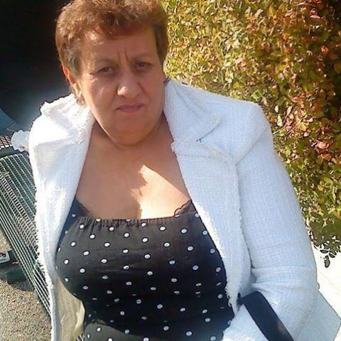 Iren, 63 éves társkereső nő - Hőgyész