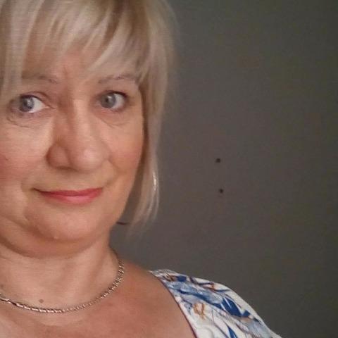 Szilvi, 53 éves társkereső nő - Legyesbénye