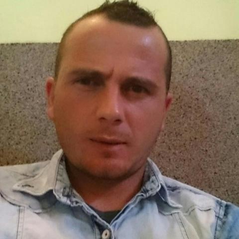 Adam, 29 éves társkereső férfi - Debrecen
