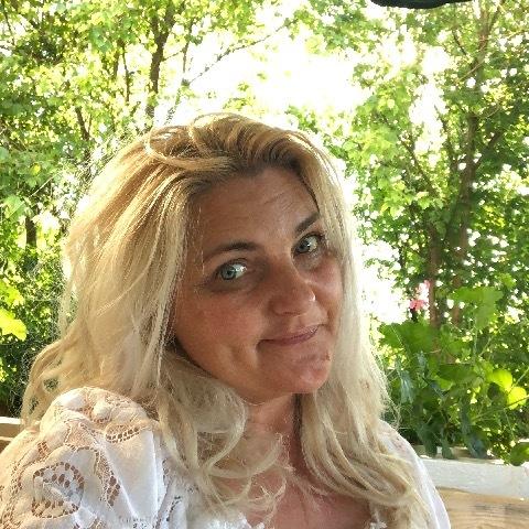 Kata, 49 éves társkereső nő - München