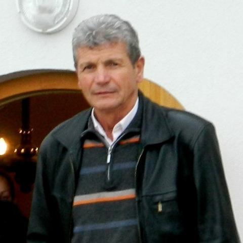 Peter, 56 éves társkereső férfi -