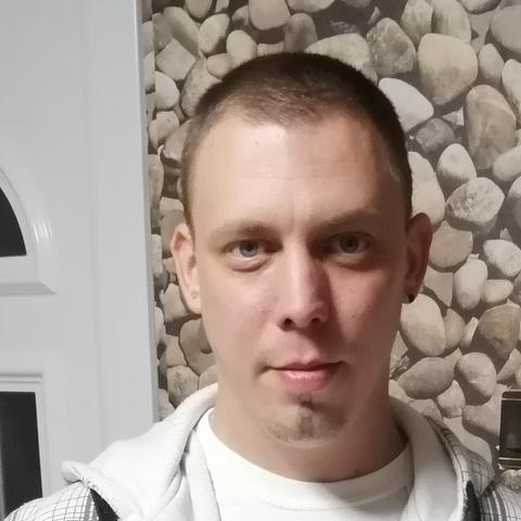 András, 34 éves társkereső férfi - Kétegyháza