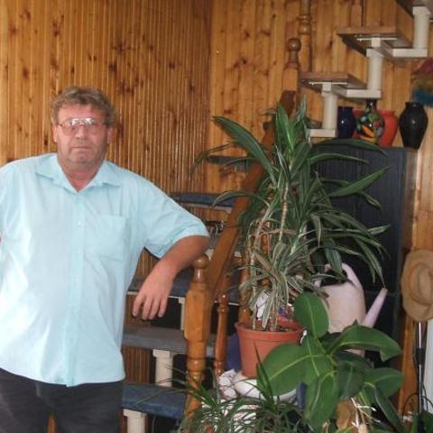 Lajos, 65 éves társkereső férfi - Békéscsaba