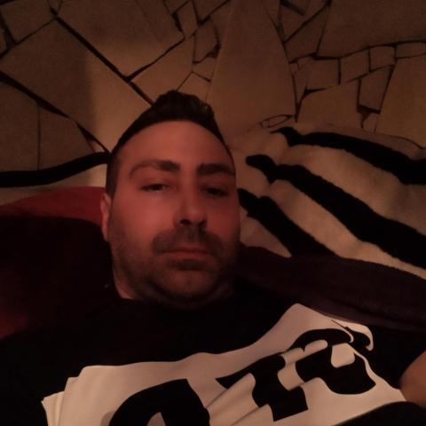 Attila, 40 éves társkereső férfi - Zalaegerszeg