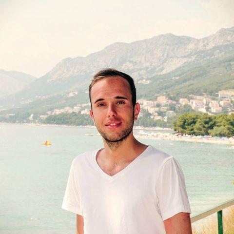 Bálint, 25 éves társkereső férfi - Budaörs