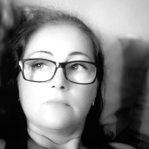 Hajni, 38 éves társkereső nő - Dunaújváros