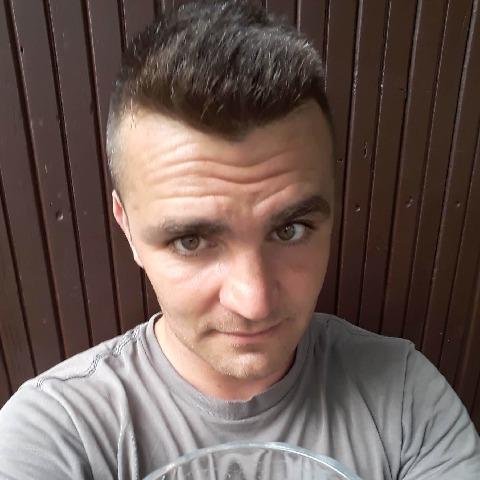Bálint, 37 éves társkereső férfi - Kecskemét
