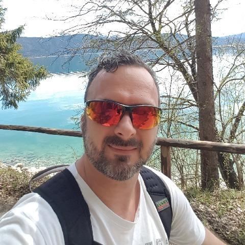 Tomi, 41 éves társkereső férfi - Cegléd