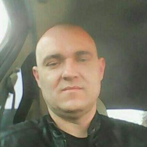 Stefan, 44 éves társkereső férfi - Buzita