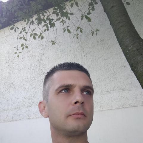 Csabi, 38 éves társkereső férfi - Mezőkeresztes