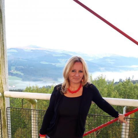 Anka, 49 éves társkereső nő - Etyek