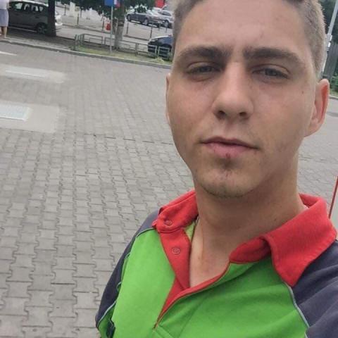 Máté, 21 éves társkereső férfi - Szeged