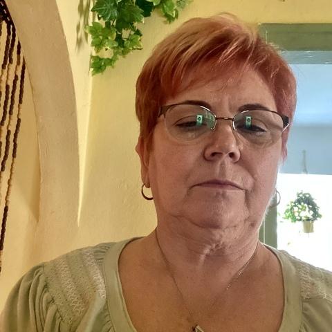 Inci, 67 éves társkereső nő - Röszke