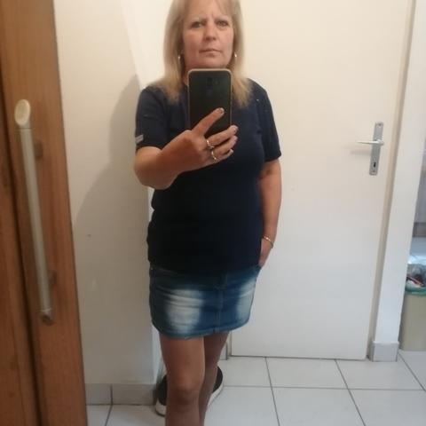 Andrea, 52 éves társkereső nő - Székesfehérvár