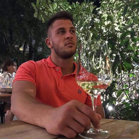 Dávid, 24 éves társkereső férfi - Budapest